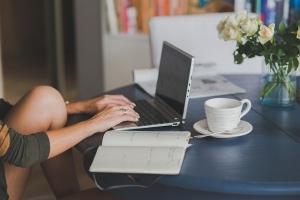 ブログを毎日更新しないと負のループ?「できない」を積み重ねない習慣化づくり